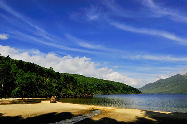 康定木格措-柔情的高原圣湖